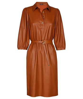 Caroline Biss Kleid aus veganem Leder