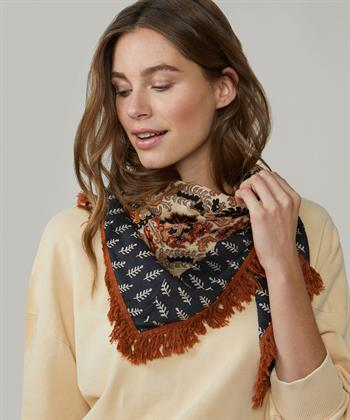 Summum sjaal driehoek met franje